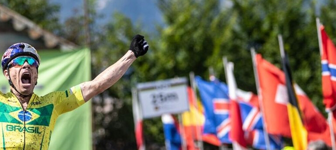 Avancini é campeão mundial de MTB XCM 2018