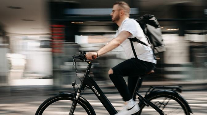 Vai fazer um pedal urbano? Pedale com a roupa certa!