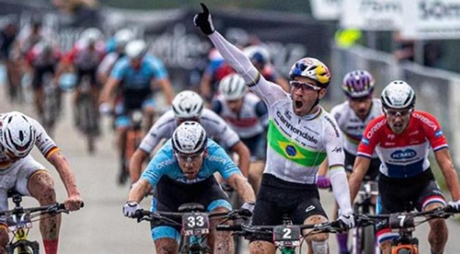 Henrique Avancini vence etapa XCC da Copa do Mundo de MTB em Nove Mesto